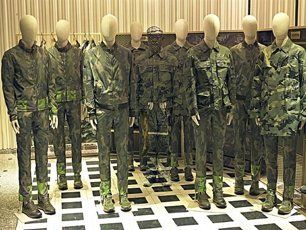 valentino camouflage by liu bolin
