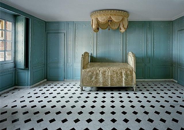 salle de bain de marie-antoinette, (33 b) cce.01.038, corps central - r.d.c, versailles by robert polidori