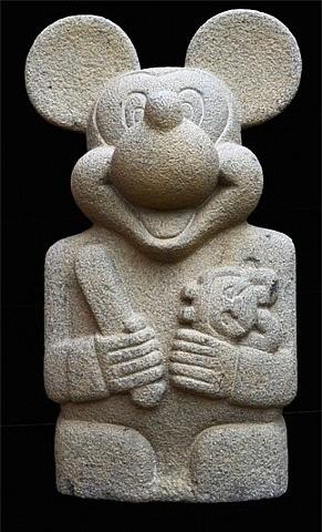 ídolo con muñeca y cincel by nadín ospina