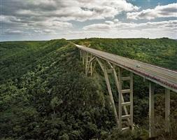puente de bacunayagua, via blanca, cuba by andrew moore