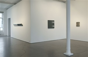 michael venezia 'paintings 1971-2013' - installation view by michael venezia