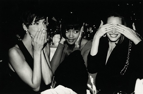 linda evangelista, naiomi campbell, and christy turlington, new york by roxanne lowit