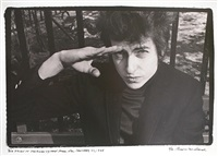 dylan salutes in sheridan square by fred w. mcdarrah