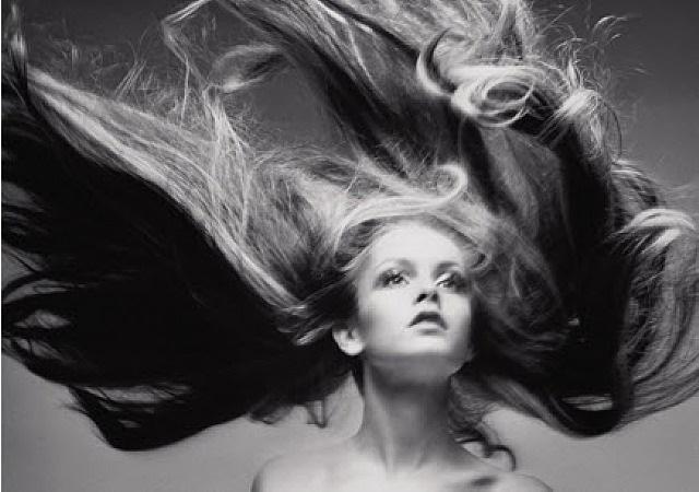 twiggy, hair by ara gallant by richard avedon