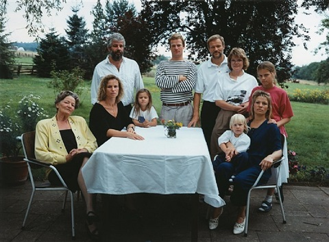 the bernstein family, mündersbach by thomas struth