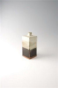 square bottle, black and nuka glaze by shoji hamada