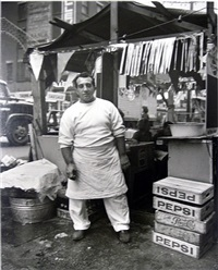 little italy (hot dog man) by evelyn hofer
