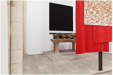 exhibition view by jannis kounellis