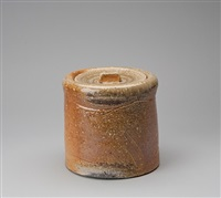 mizusashi (water container) by jan kollwitz