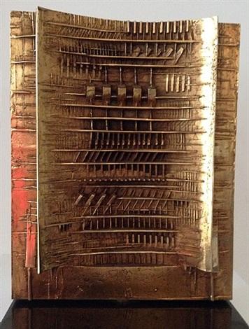 porta by arnaldo pomodoro