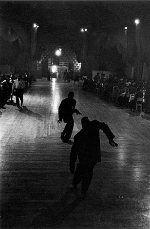 dancers, new york by roy decarava