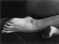 feet, 1933 by edward weston