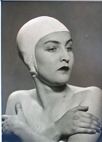 meret oppenheim by man ray