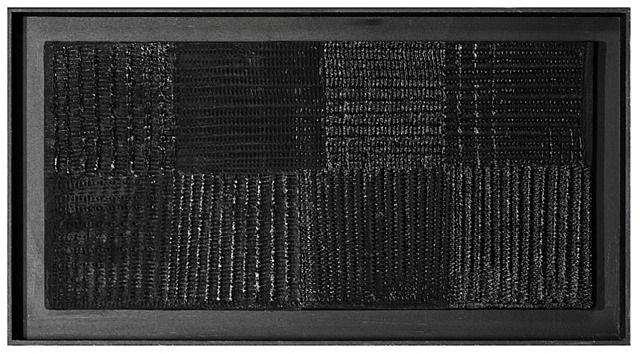 schwarzes lichtrelief (black relief) by heinz mack