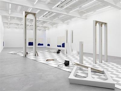 exhibition view by latifa echakhch