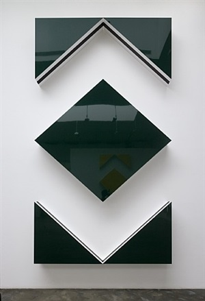 cut-out: situated work in five parts, green by daniel buren