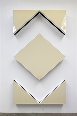 cut-out: situated work in five parts, light ivory by daniel buren