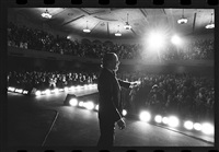 frank sinatra on stage by harry benson