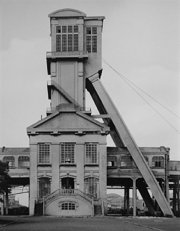 winding tower: foseegrenay no.1, billy – les – mines, nord-et-pas de calais, f, 1967 by bernd and hilla becher