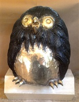 buho (owl) by victor delfin