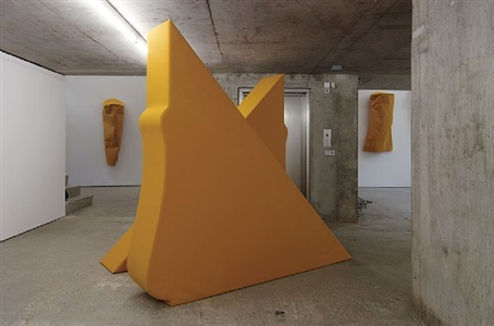 körperformen gelb / body shapes yellow by franz erhard walther