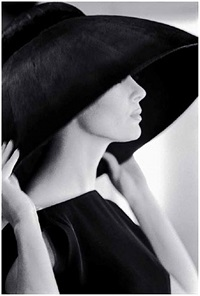 untitled (hat) by jerry schatzberg