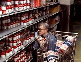 andy warhol in gristedes with campbell soup cans by bob adelman