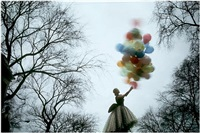 untitled (central park balloon) by jerry schatzberg