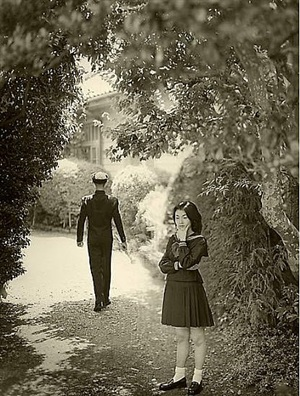 "a study of ""the passage du commerce-saint-andre"" by hisaji hara"