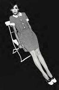 op-art fashion, cathy dahmen, hound's tooth dress by falke, hamburg by f. c. gundlach