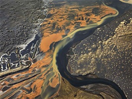 eystri-ranga river, iceland, 2012 by edward burtynsky