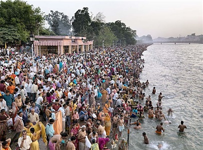 kumbh mela #1, haridwar, india, 2010 by edward burtynsky
