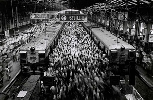 churchgate railway station, mumbai by sebastião salgado