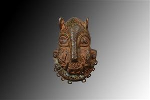 benin hip mask by unknown