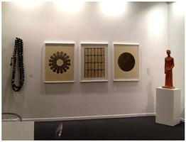 vue du stand de la galerie jaeger bucher pour art dubai 2014