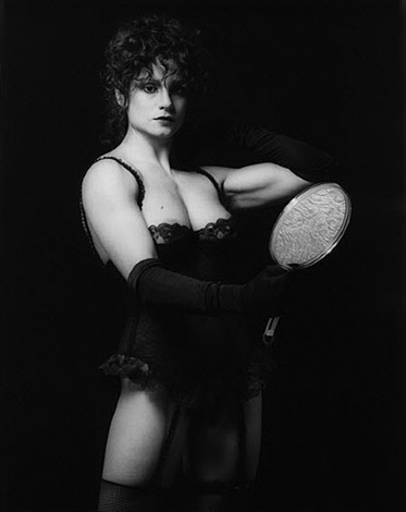 lisa lyon by robert mapplethorpe