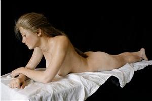 amber reclining by john deandrea