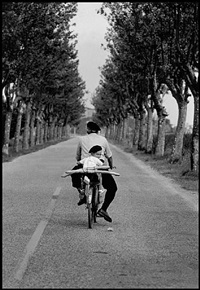 france. provence. 1955. by elliott erwitt