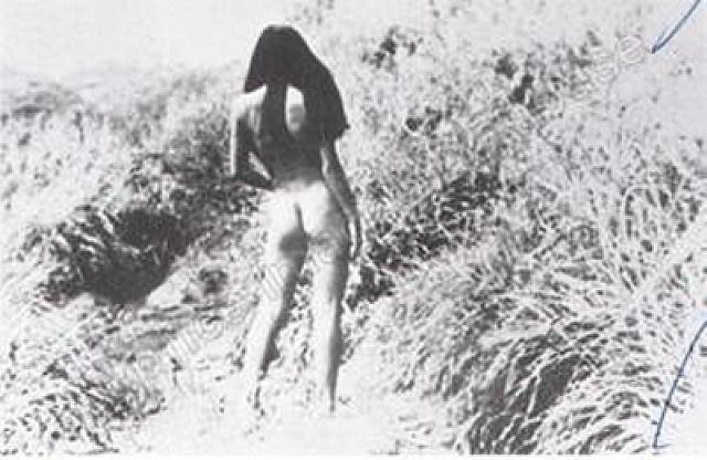 nude (untitled) by daido moriyama