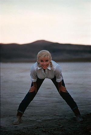 """usa. nevada. us actress marilyn monroe on the set of """"the misfits"""" by john huston. 1960. by eve arnold"""