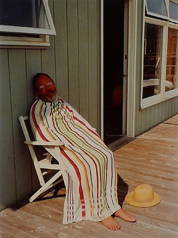 henry avoiding the sun by david hockney