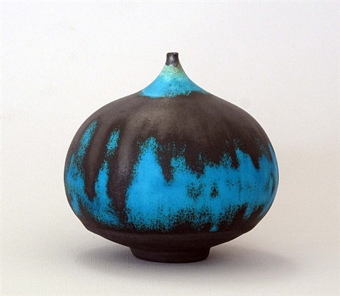 turquoise round feelie by rose cabat