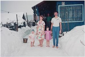 pjotr and his family, apanas, siberia by bertien van manen