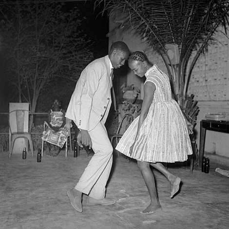 christmas eve, 1968 by malick sidibé