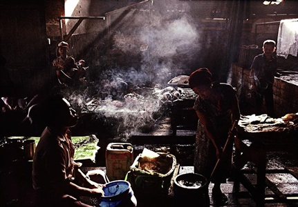 indonesia. jakarta. 1989. fish market. by gueorgui pinkhassov