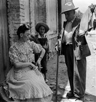 frida y el vendedor de telas coyoacàn, méxico, 1943 by leo matiz