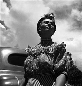 frida en coyoacàn - coyoacàn, méxico, 1943 by leo matiz