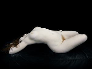 bodies: isley arched with white mice by nadav kander
