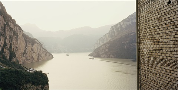 yangtze, the long river: xiling gorge i, hubei province by nadav kander