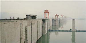yangtze, the long river: three gorges dam i (the state is shattered, mountains and rivers remain), yichang, hubei province by nadav kander